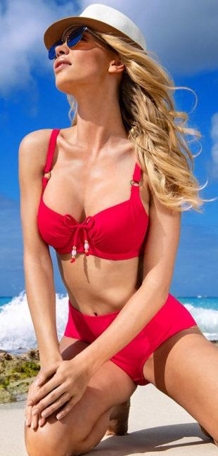 Klasické červené dvojdielne plavky pre ženy plnších tvarov