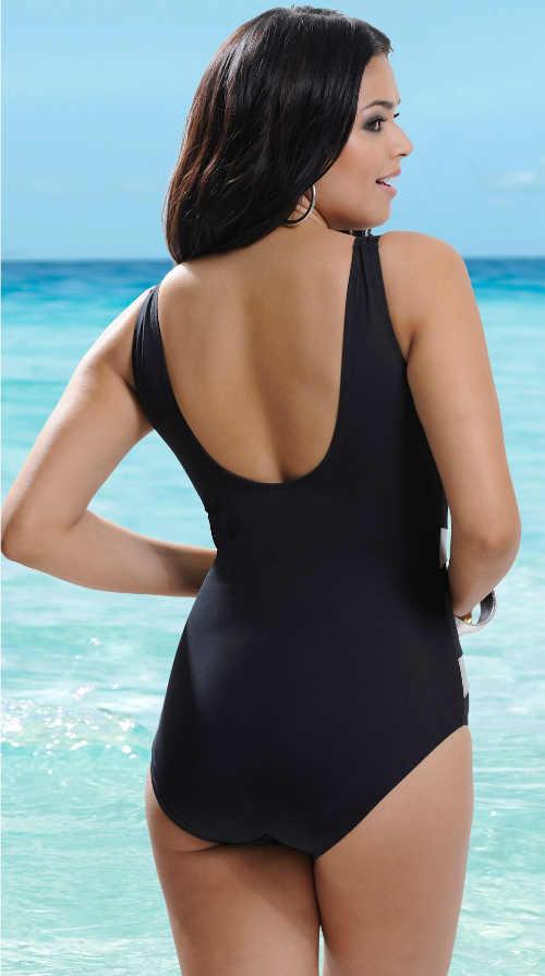 Plavky vo väčších veľkostiach s rafinovaným výrezom na chrbte