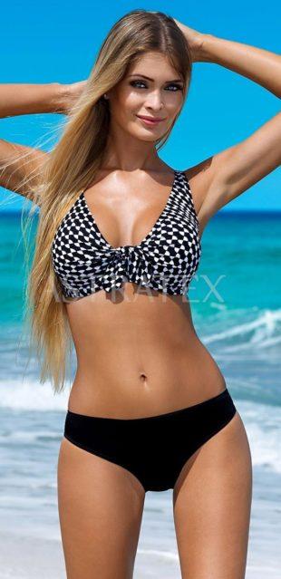 Zoštíhľujúce plavky pre ženy s kyprejším tvarom